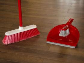 Setul de curatenie Marisa, pentru pastrarea curatenie din casa ta